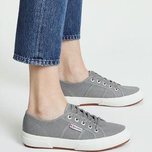 NWT-Superga Sneakers